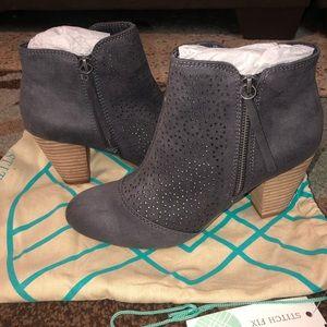 Stitch Fix report footwear booties